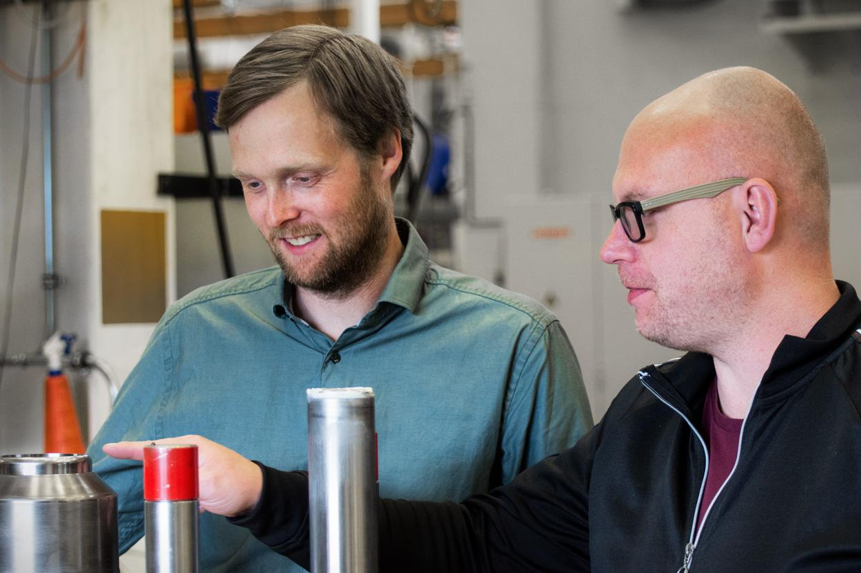 """AP&T maintains and rebuilds press tools it has manufactured itself as well as tooling from other manufacturers,"" says Ulf Andersson, who is responsible for aftermarket for Tooling at AP&T (to the right in the image). He is shown here together with Johan Melander, who is the product manager for Tooling."