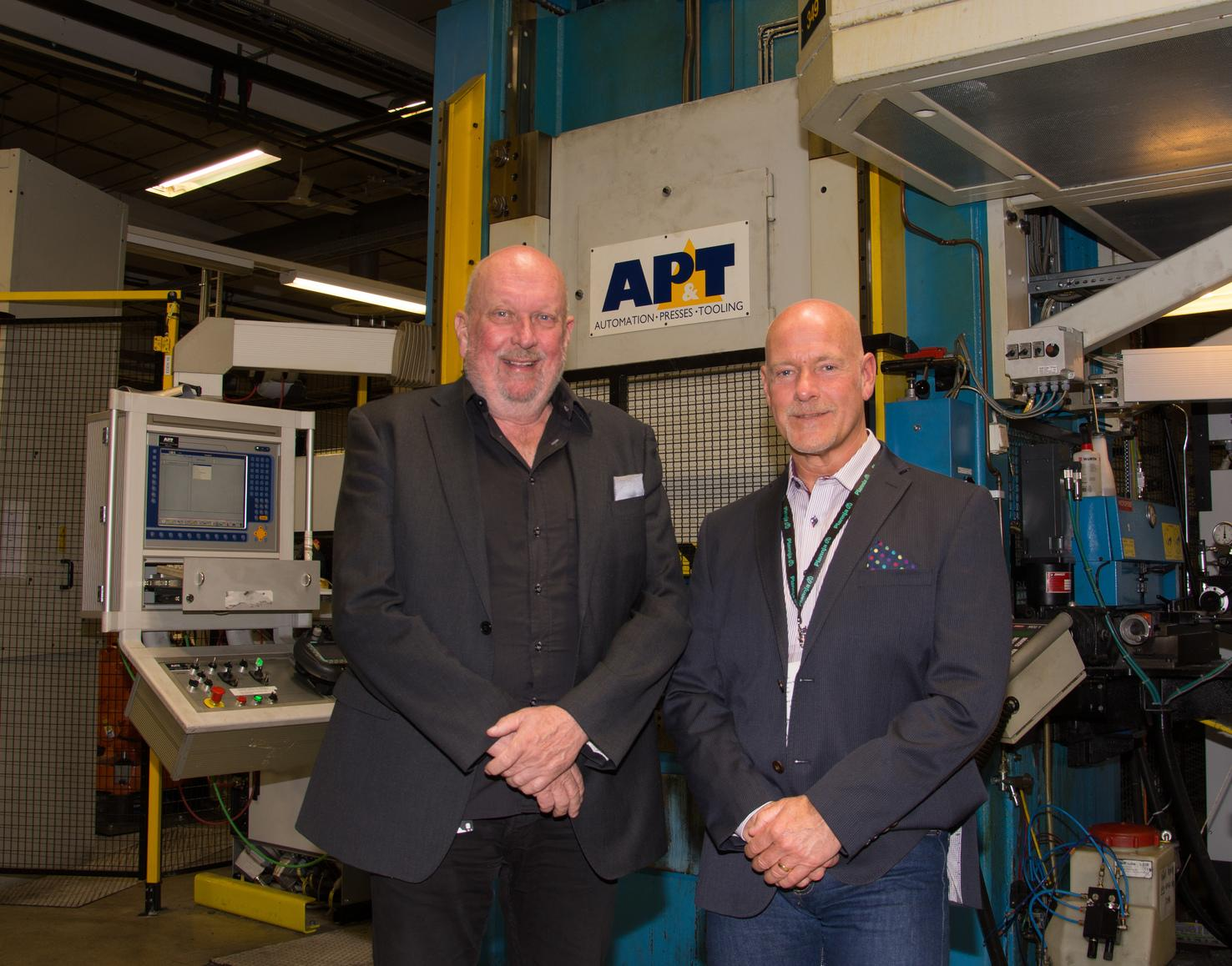 Reliability is everything for Plannja in Järnforsen, Sweden, so the company signed an availability agreement with AP&T. Plannja Site Manager Lars Olofsson (left) together with AP&T Service Coordinator Nordic Tommy Nordlund, Contract Sales.